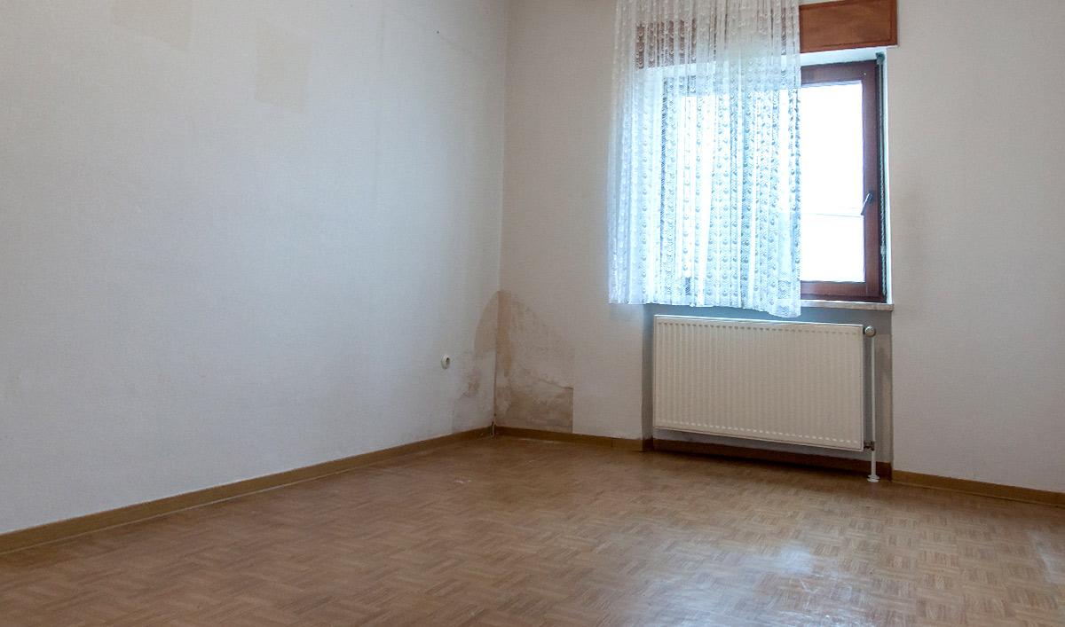 Ein Schlafzimmer vor Home Staging Foto: Elvan Biondic