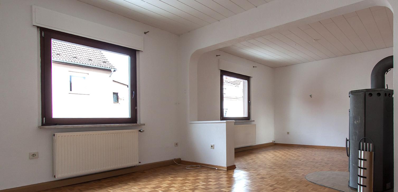 Bevor Home Staging umgesetzt wurde. keine Emotion im vorhandenen Wohnbereich. Foto Elvan Biondic